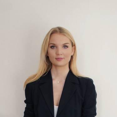 Freya Blount